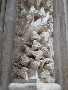 Chapelle imparfaite : détail des colonnes